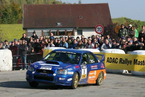 Holger Knöbel entschied die ADAC Rallye Masters im Finale der 3-Städte-Rallye für sich