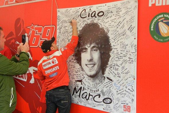 Die Erlöse der Auktionen kommen der Marco Simoncelli Stiftung zugute - Foto: Milagro