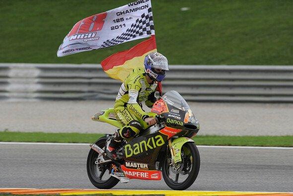 Nicolas Terol feierte 2011 in Valencia den Titelgewinn in der 125cc-Klasse