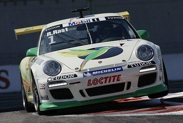 Der zweimalige Supercup-Champion, Rene Rast, reist zu den 24h von Daytona