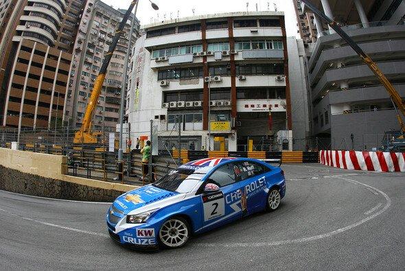 Dominanz zwischen den Häuserschluchten: Vizechamp Rob Huff war im Macau-Finale 2011 das Maß der Dinge
