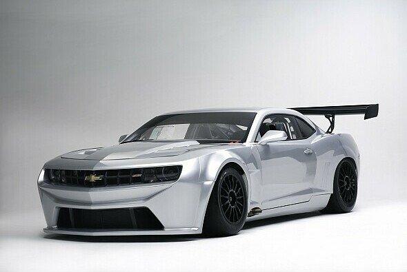 Der Chevrolet Camaro GT wird 2012 das Feld des GT Masters bereichern