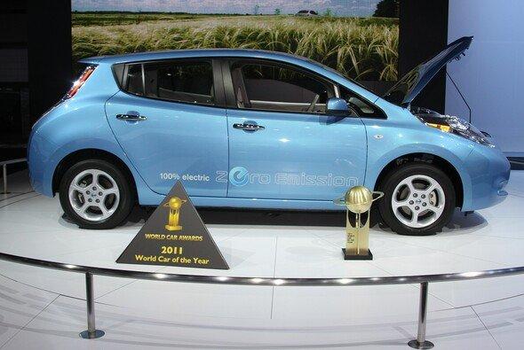 Steht bald in den Showrooms: Nissan LEAF - Foto: Nissan