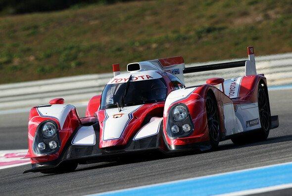 Kazuki Nakajima peilt mit Toyota den Sieg in Le Mans an - Foto: Toyota
