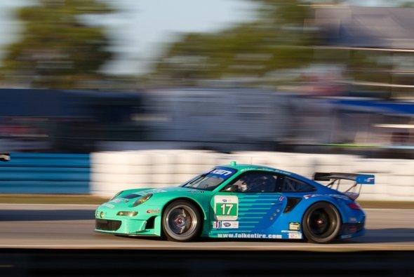 Der Falken-Porsche belegte in Long Beach den sechsten Rang