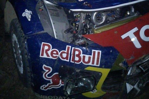 Sebastien Loeb verbog seinen DS3 WRC am Abend
