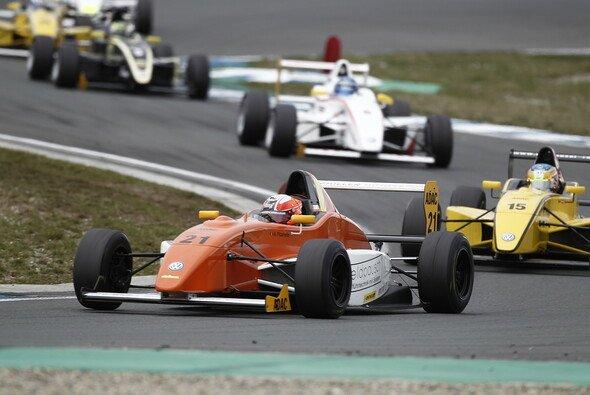 Fabian Schiller steigt zur kommenden Saison ins ADAC Formel Masters auf