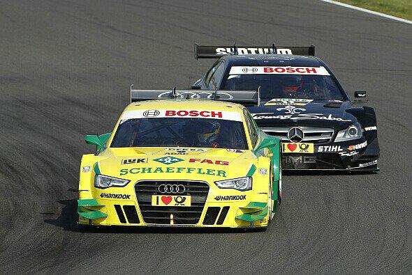 Im Rennen wurde Mike Rockenfeller durchgereicht - Foto: DTM