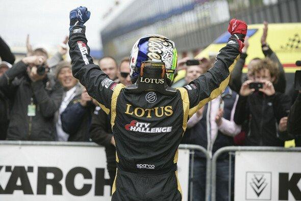 Beitske Visser gewinnt ihr Heimrennen in Zandvoort - Foto: ADAC Formel Masters