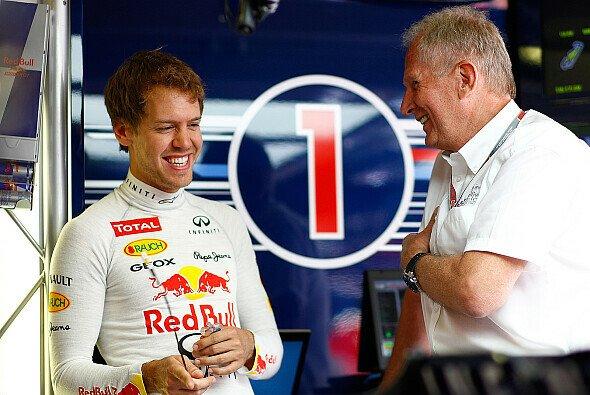 Helmut Marko war mit Sebastian Vettel zufrieden, fand die Durchfahrtsstrafe zu hart