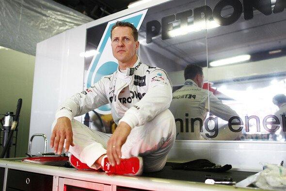 Michael Schumacher tritt am Ende der Saison zum zweiten Mal zurück
