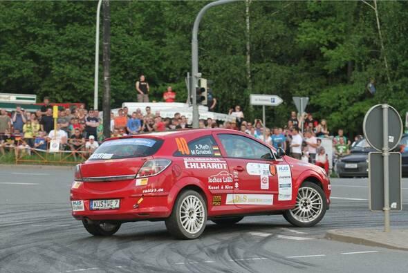 Marijan Griebel und Beifahrer Alexander Rath feierten den dritten Erfolg im vierten Lauf - Foto: RB Hahn