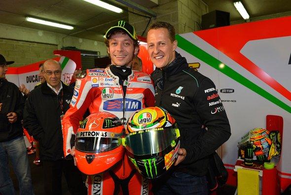 Michael Schumacher und Valentino Rossi teilen sich den Titel des Größten Rennfahrers der Geschichte - Foto: Monster