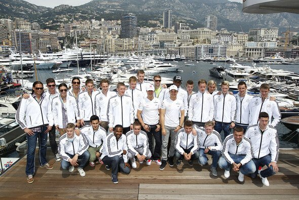 Zuletzt besuchte die DFB-Elf in Monte Carlo Nico Rosberg & Michael Schumacher