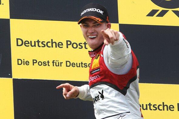 Edoardo Mortara feiert seinen ersten Sieg
