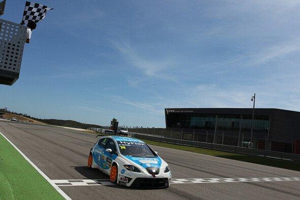 Beim zweiten Rennen in Portugal überquerte Pepe Oriola als Zweiter die Ziellinie