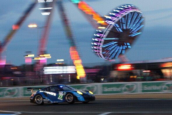 Die Porsche des Felbermayr-Proton-Teams kamen mit der Strecke in Bahrain gut zurecht