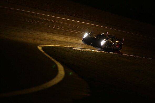 Das Siegerauto von Lotterer, Fässler und Tréluyer in der Nacht von Le Mans