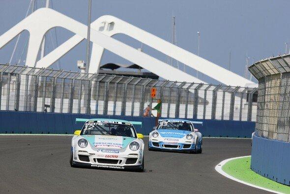 Sean Edwards führt die Supercup-Wertung an - Foto: Porsche