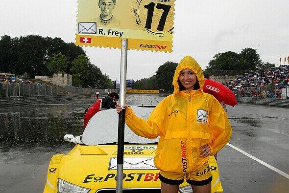 Rahel Frey wäre am verregneten Nürnberg-Sonntag wohl lieber im Bett geblieben - genauso wie bei diesem Wetter auch ihr Grid-Girl