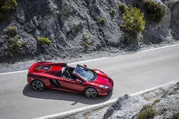 McLaren präsentiert das zweite Modell seiner MP4-12C-Reihe: den faszinierenden 12C Spider