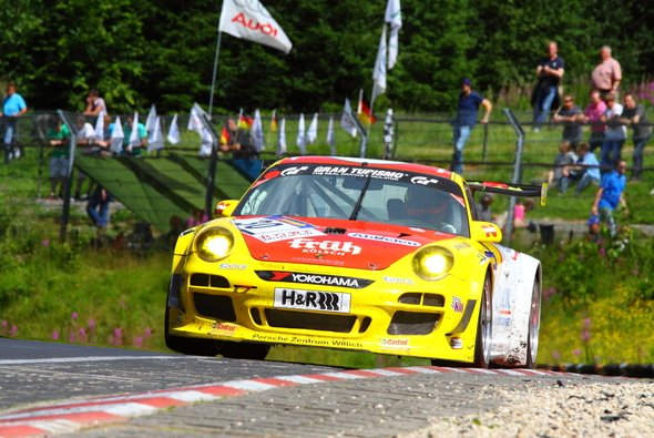 Christopher Brück will mit dem Porsche 911 GT3 E wieder voll angreifen