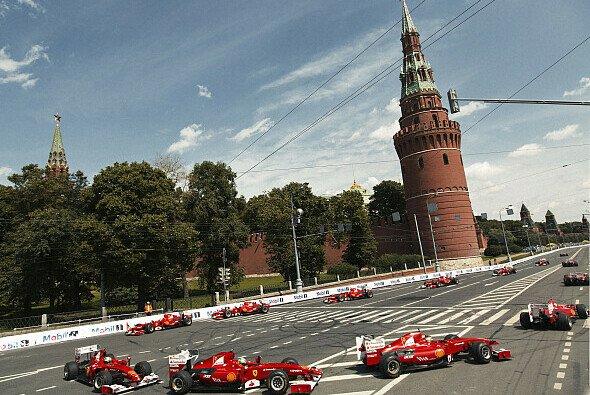 In Russland gehen die Arbeiten voran - Foto: Mathias Kniepeiss