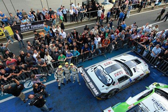 Die VLN Langstreckenmeisterschaft - Motorsport zum Anfassen