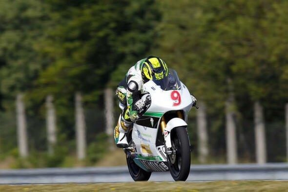 Toni Finsterbusch weiß zumindest, wie er 2012 zu Ende bringen kann - Foto: MZ Racing