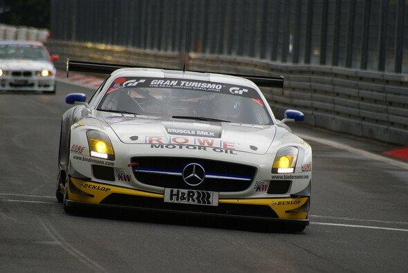 ROWE Racing tritt 2013 mit drei Flügeltürern in der VLN an - Foto: Sönke Brederlow