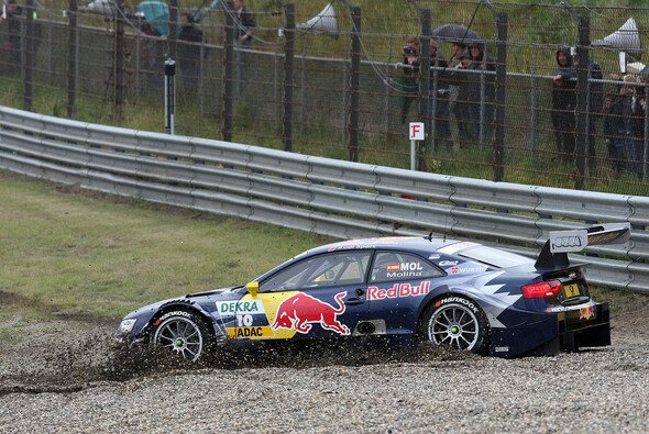 Miguel Molina war einer von vier Fahrern, die es in der ersten Runde erwischte
