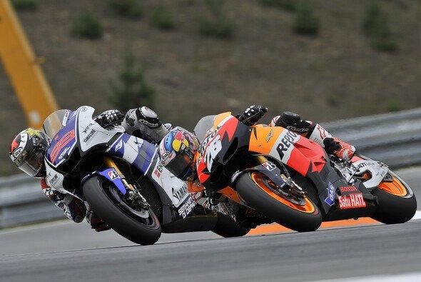 Der legendäre Zweikampf zwischen Pedrosa und Lorenzo 2012 blieb besonders haften - Foto: Milagro