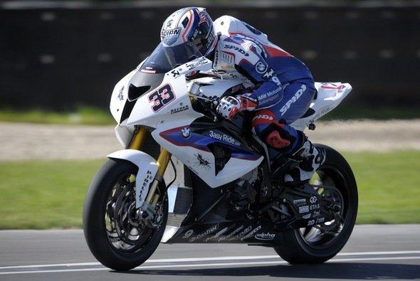 Mit Gesamtrang drei und acht blickt BMW Motorrad Motorsport auf eine erfolgreiche Saison zurück