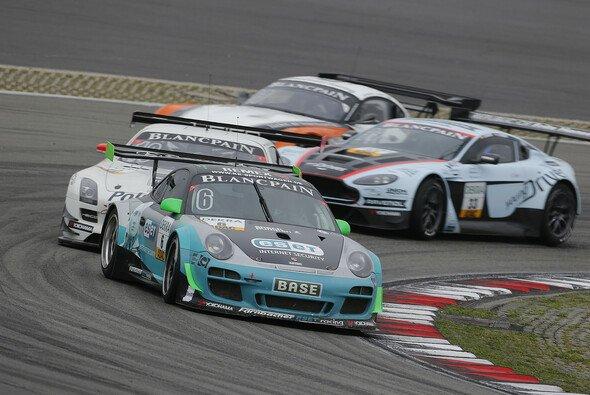 Harte Duelle auf dem Nürburgring: Mario Farnbacher