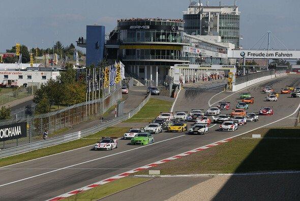 Jetzt ist es fix: Das ADAC GT Masters gastiert 2013 wieder in der Eifel