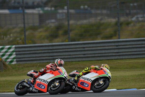 Nicky Hayden ist der Meinung, Valentino Rossi hat gute und schlechte Zeiten mit Klasse gemeistert
