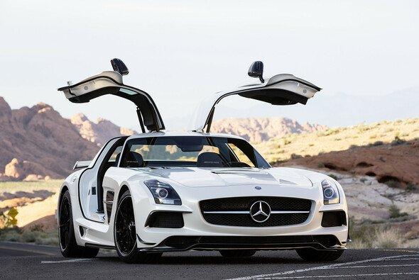 Mercedes präsentiert seinen neuen Flügeltürer