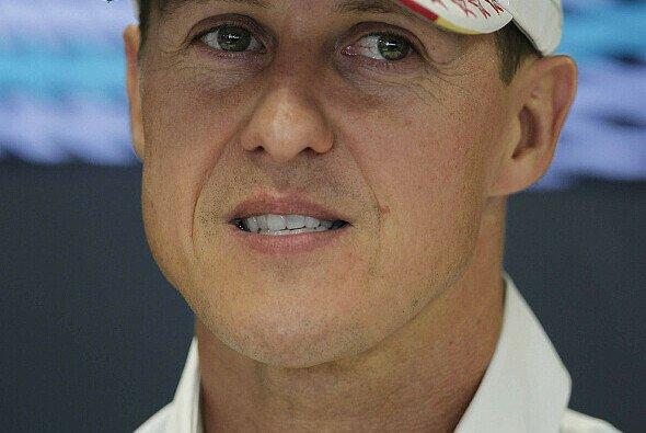 Michael Schumacher befindet sich nach der OP im künstlichen Koma