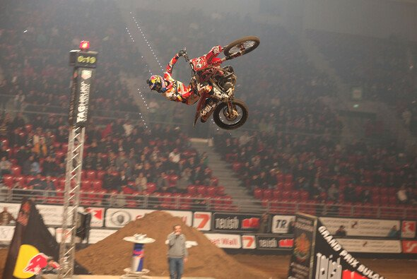 Josh Sheehan war in Sofia nicht zu schlagen - Foto: Night of the Jumps