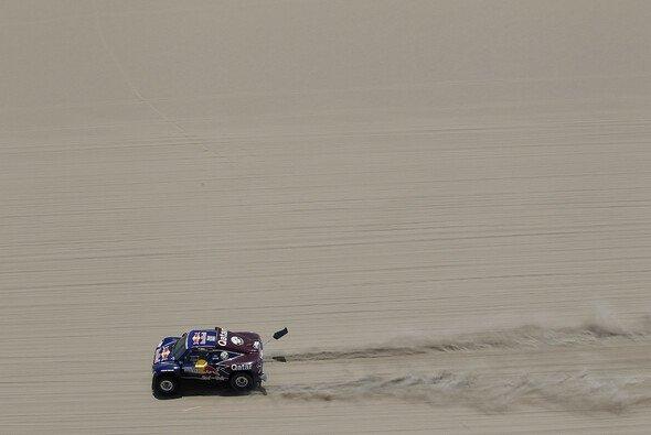Like a satellite? Sainz hat seine Dakar-Führung wieder