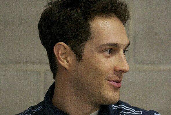 Mit neuer Frisur & neuem Gewand: Bruno Senna ist bei Aston Martin angekommen