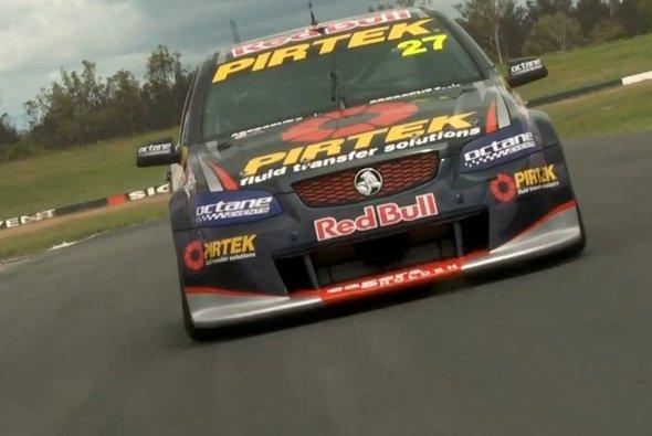 Casey Stoner ist vor seinem Debüt in der Dunlop V8 Supercar Serie ein wenig aufgeregt