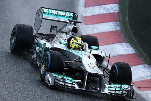 Mercedes hinterließ bei den kühlen Tests einen starken Eindruck - Foto: Mercedes AMG