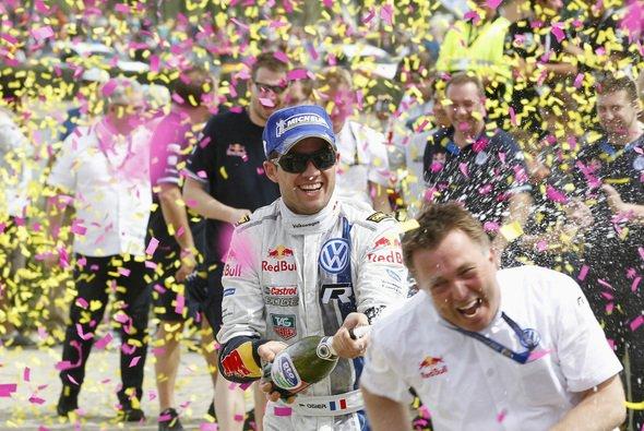Gib Vollgas! - Das hört jeder Pilot gerne von seinem Teamchef - Foto: Volkswagen Motorsport