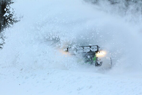 Der Schnee zwang die Organisatoren zu einer Unterbrechung