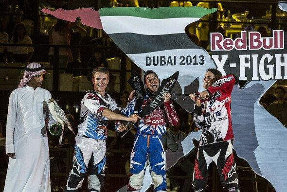 Dany Torres übernahm die Meisterschaftsführung mit einem Sieg in Dubai