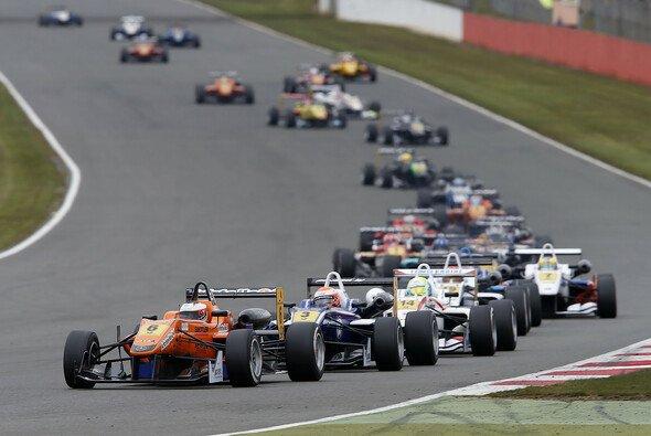 Die Formel 3 EM hat wieder Saison