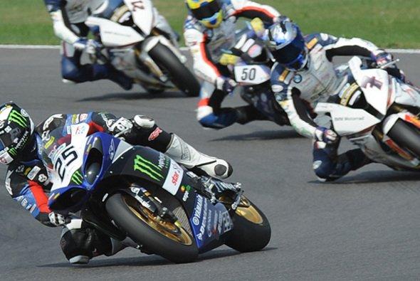 Matej Smrz bringt wieder eine Yamaha ins Superbike-Starterfeld - Foto: Yamaha Motor Deutschland