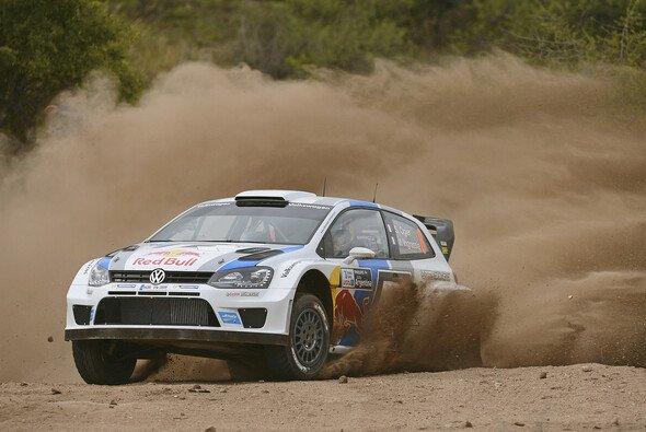 Ogier liegt an der Spitze - Foto: Volkswagen Motorsport