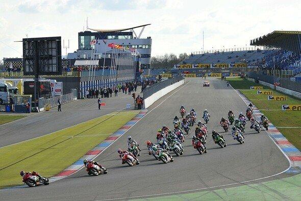 Carmelo Ezpeleta plant auch das Starterfeld in der Superbike aufzustocken